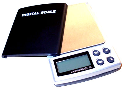 accurate large capacity 1000g digital weight scales perfect for general and heavier users the scales measure 113 86 195mm making them perfect for